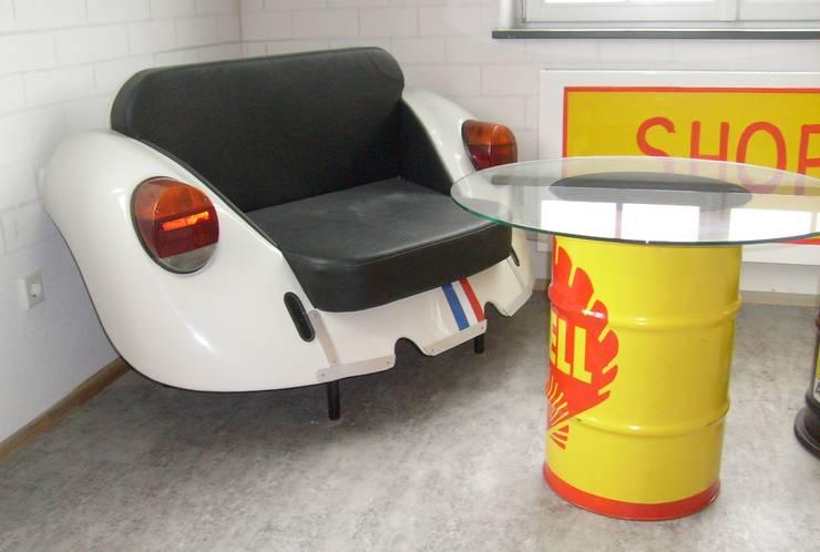 Sessel Käfer-Heck 03:  Wohnzimmer von Automöbeldesign