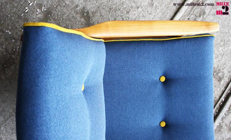 FAUTEUIL VINTAGE STYLE SCANDINAVE: Salon de style de style Scandinave par Mille mètres carrés