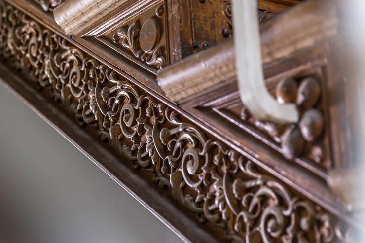 Detail Treppe: modern  von Wohnwert Innenarchitektur,Modern