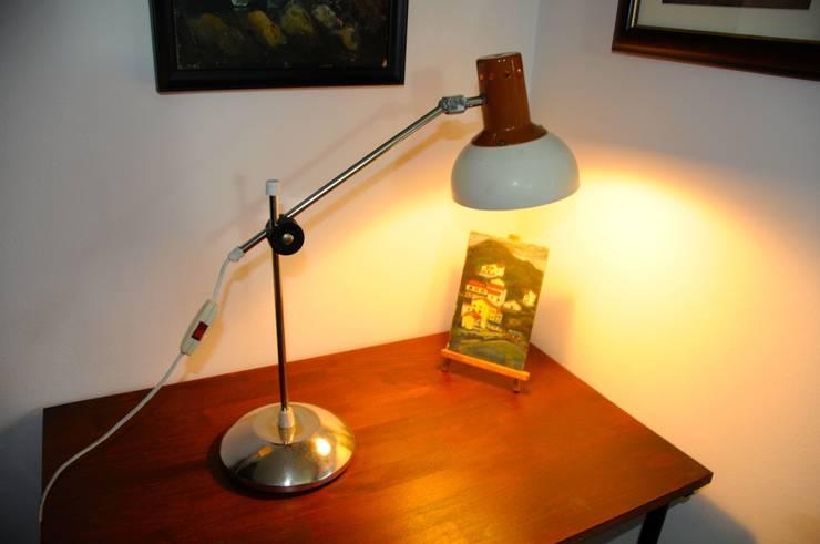 Schreibtischlampe im polnischen Industriedesign: industriale Arbeitszimmer von Onkel Edison