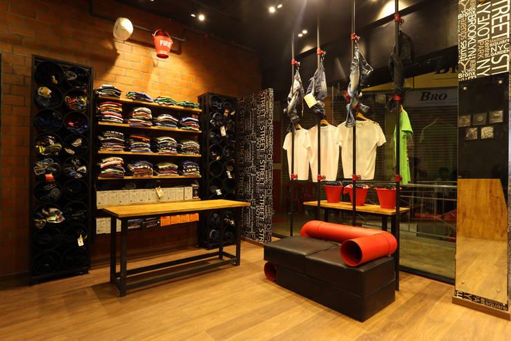 Shopping Centres by Concetto Design Co