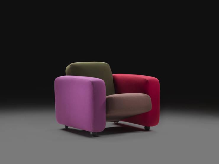 <q class='-first'>CESARE</q> design Tobia Scarpa:  in stile  di MERITALIA
