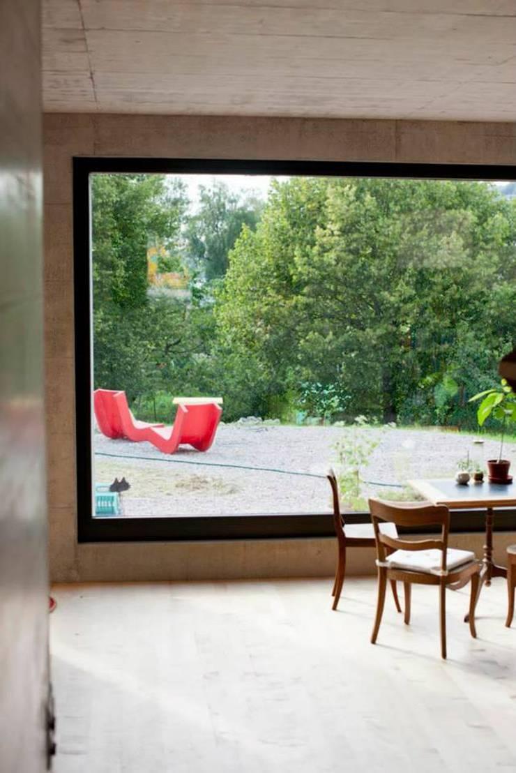 Sub & Add:  Fenster von Marty Häuser AG
