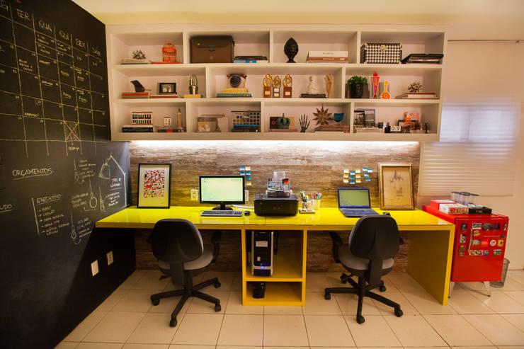 Estudios y despachos de estilo  de Passo3 Arquitetura