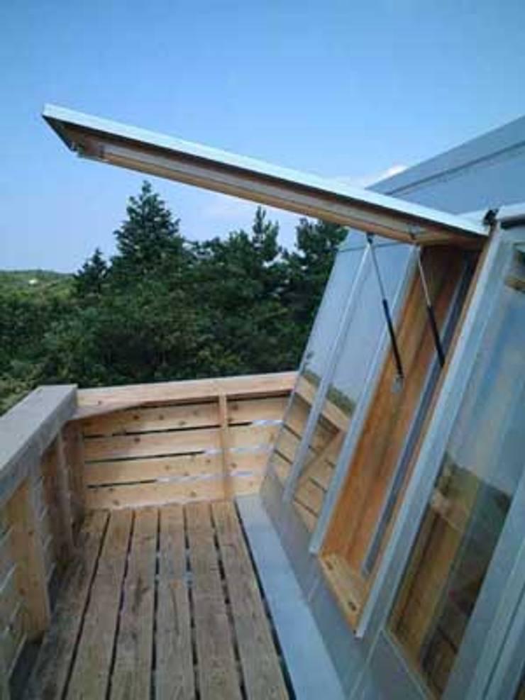 青山高原の家: エムカーヴェー一級建築士事務所が手掛けた家です。