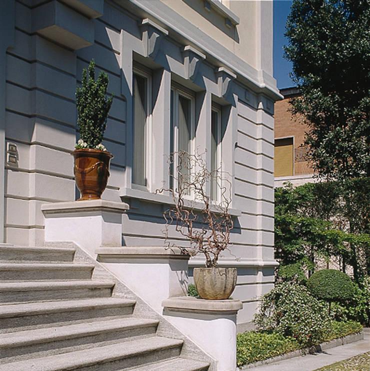 esterno:  in stile  di ARCHITETTO MARCO TAGLIAPIETRA