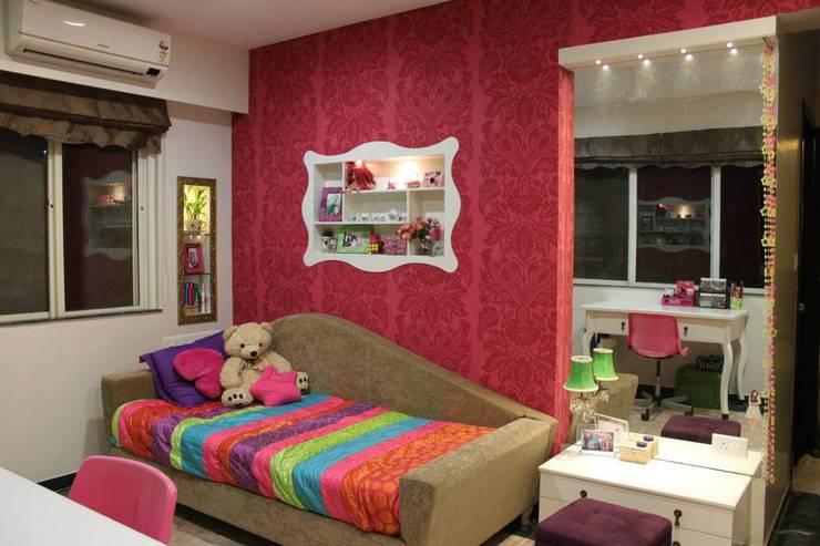 ECLECTIC GLAMOUR:  Nursery/kid's room by Hopskoch