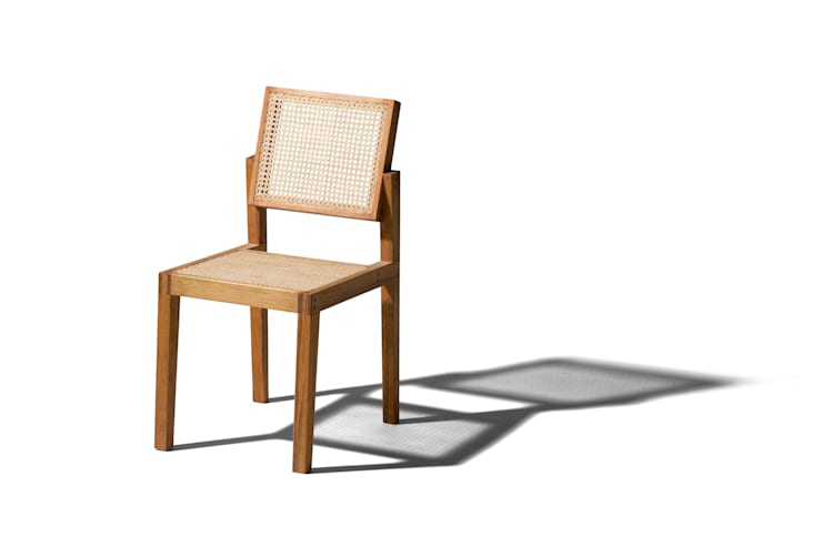 Cadeira Parruda: Sala de estar  por o rodrigo que fez