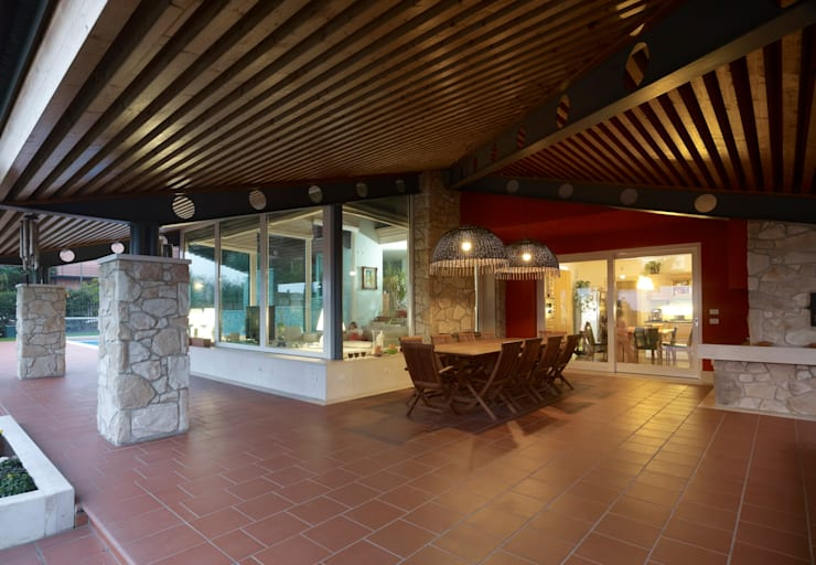 Villa CG Verona : Casa in stile  di MONTRESOR & ARDUINI