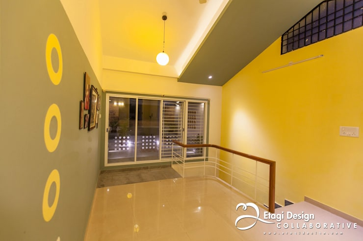 Before & After_Terrace Garden & Family Room for Kubsad Family at Bangalore, India.:  Terrace by Etagi Design Collaborative