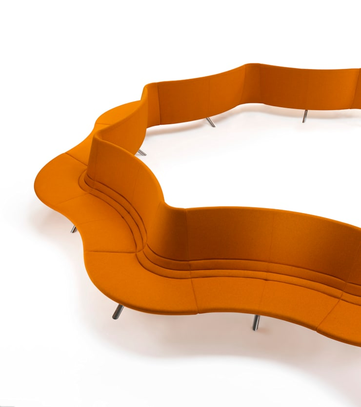 RIVER - modular upholstered seating system: Negozi & Locali Commerciali in stile  di BARTOLI DESIGN
