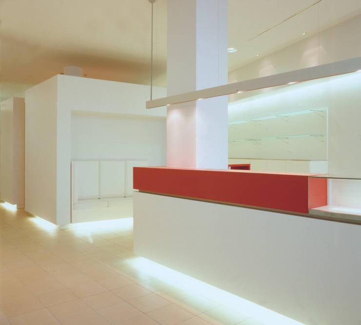 Foyer:  Fitnessraum von SEHW Architektur GmbH