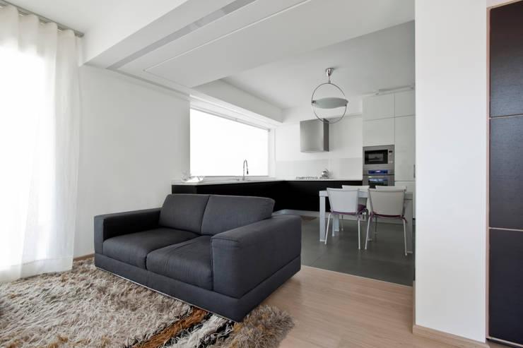 Salon de style de style Moderne par Laboratorio di Progettazione Claudio Criscione Design