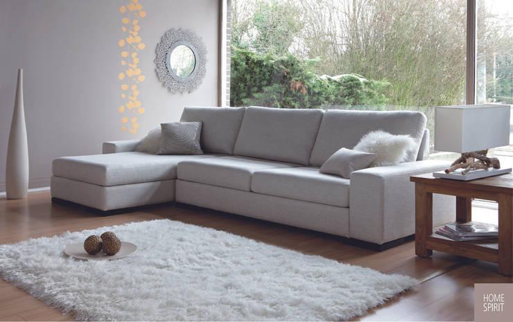 Canapé d'angle avec retour en L: Salon de style  par Canapé Inn