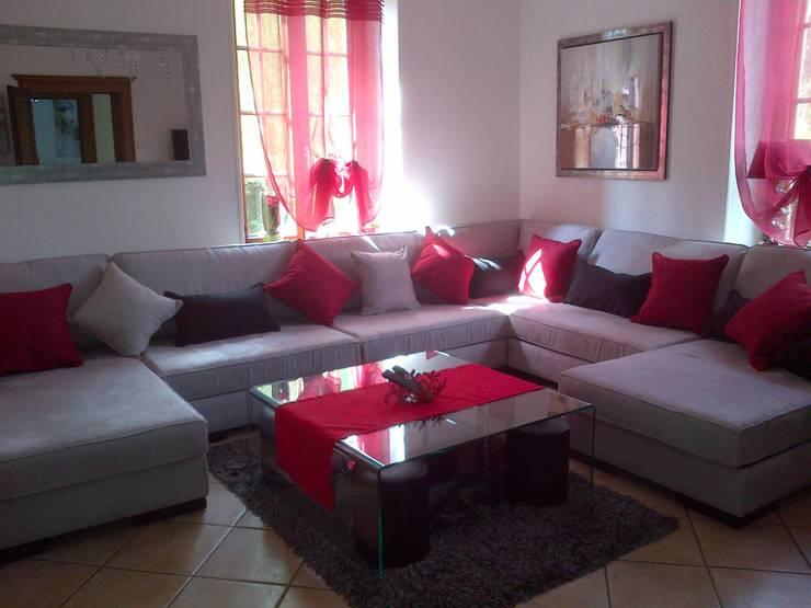 Canapé modulable en L avec 2 chauffeuses longues: Salon de style  par Canapé Inn