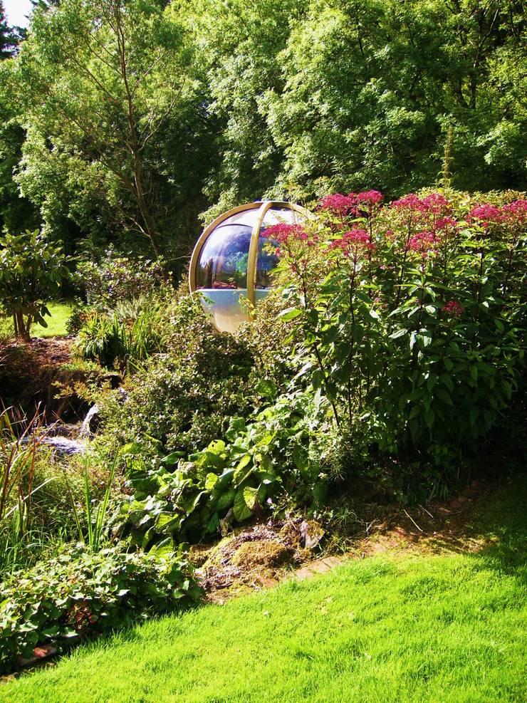 The <q>Sphere</q> has landed:  Garden by Kevin Cooper Garden Design