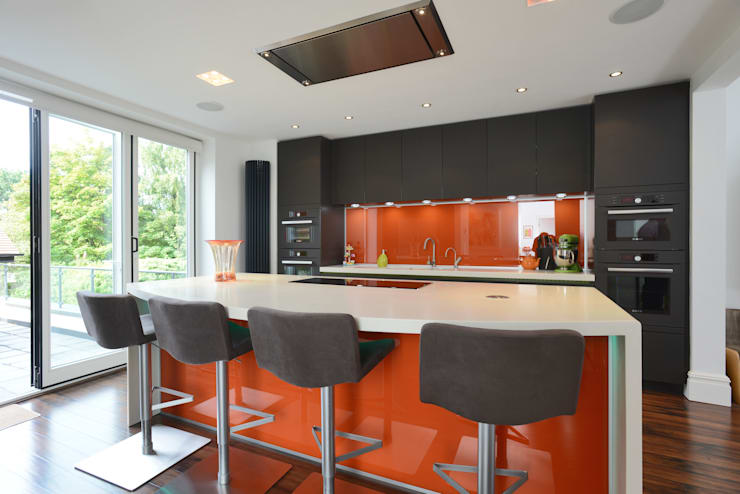 MR & MRS JACOBSON'S KITCHEN:  Kitchen by Diane Berry Kitchens