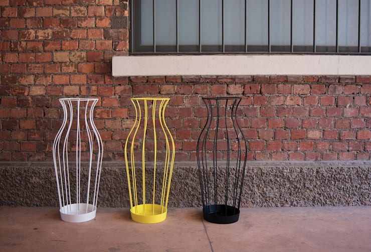 Hydria: Ingresso, Corridoio & Scale in stile  di Gianluca Minchillo Designer