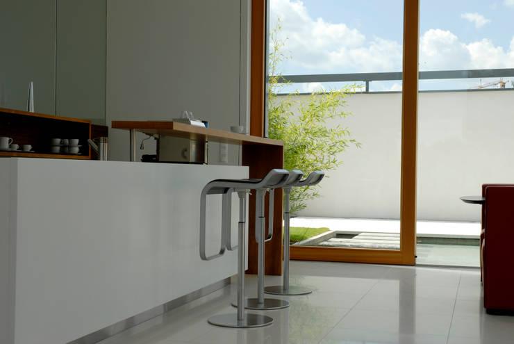 Cocina de estilo  por Herzog-Architektur