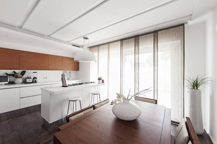 Kitchen by Andrea Stortoni Architetto