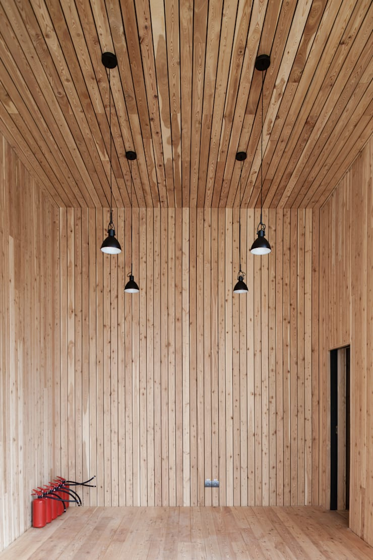 Wooden houses by Alpbau, Minimalist