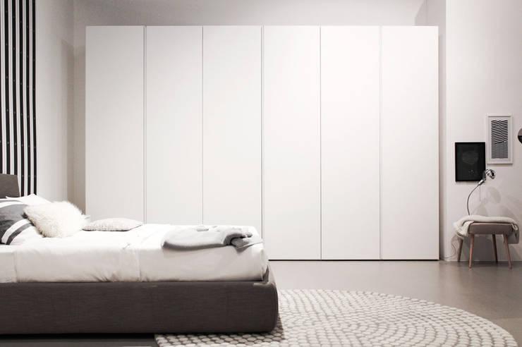 Showroom DoimoDomus: Spazi commerciali in stile  di Studio15 Design, Moderno