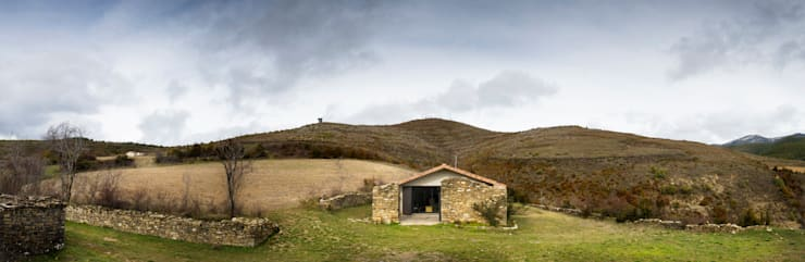 Casa JIR, Majones (Huesca): Casas de estilo  de DMP arquitectura