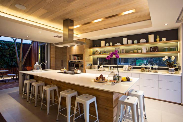 Кухни в . Автор – Metropole Architects - South Africa