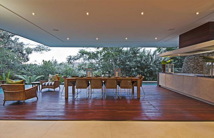 Projekty,  Jadalnia zaprojektowane przez Metropole Architects - South Africa