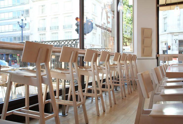 Instalaciones:  de estilo  de Concepta Barcelona