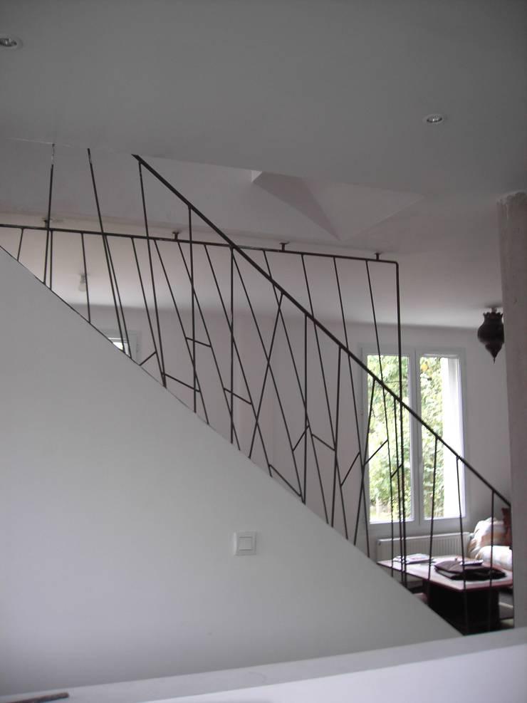 garde corps acier par atelier machline homify. Black Bedroom Furniture Sets. Home Design Ideas