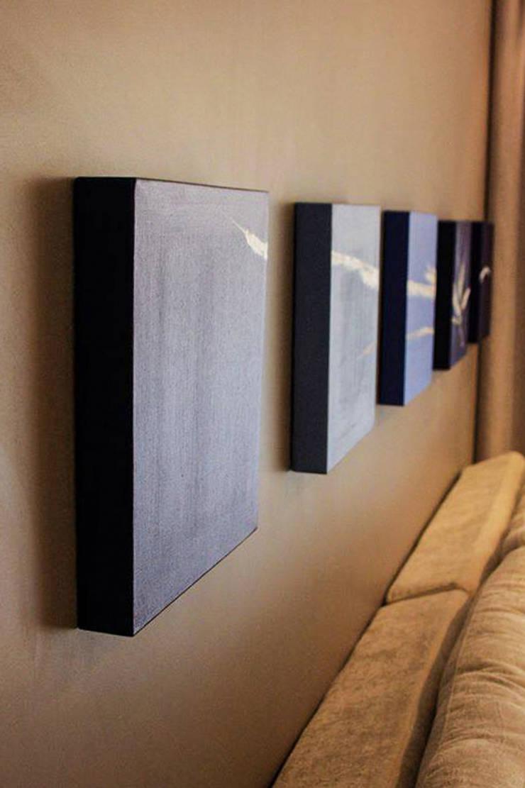 Apartamento da Rua Ponta Grossa: Salas de estar  por Studio Gorski Arquitetura