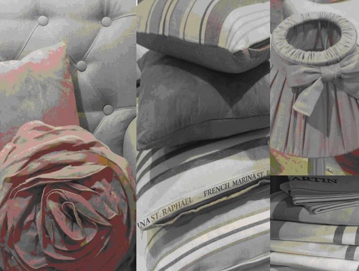 Maison bord de mer: Chambre de style  par APPART-DECOHOME