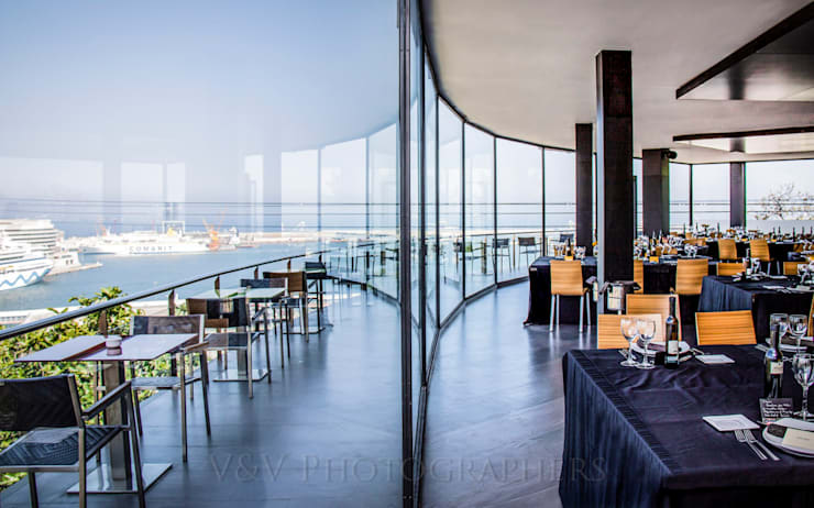 Architecture: Restaurants de style  par V&V Photography