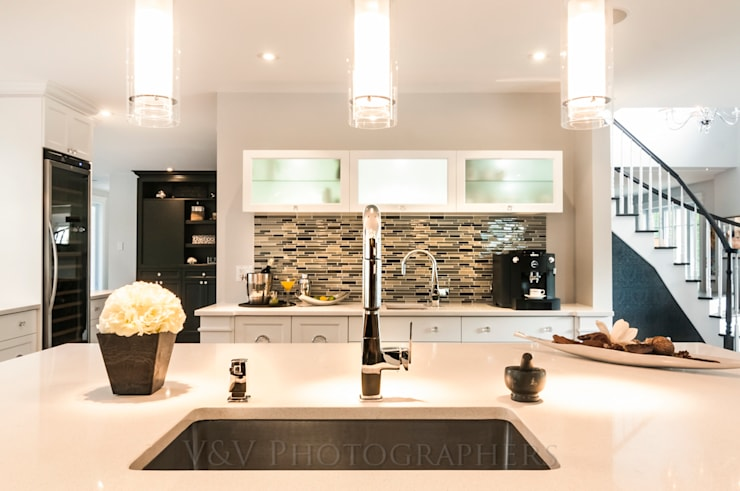 Design: Maisons de style de style Moderne par V&V Photography