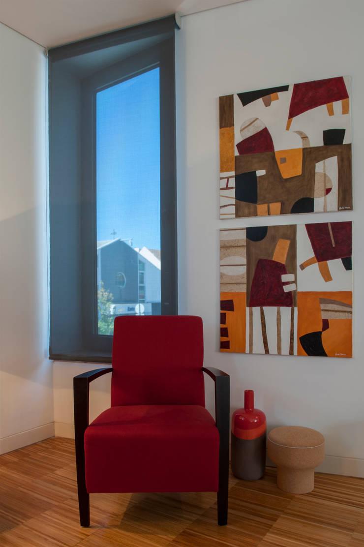 Wohnzimmer von Ana Rita Soares- Design de Interiores