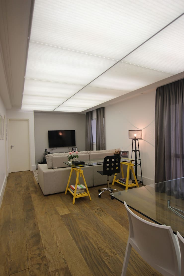 Residência Eusébio Stevaux Salas de estar modernas por Ana Carolina Cardoso Arquitetura e Design Moderno