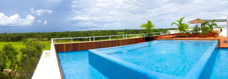 piscina en cubierta:  de estilo  de gs arquitectos
