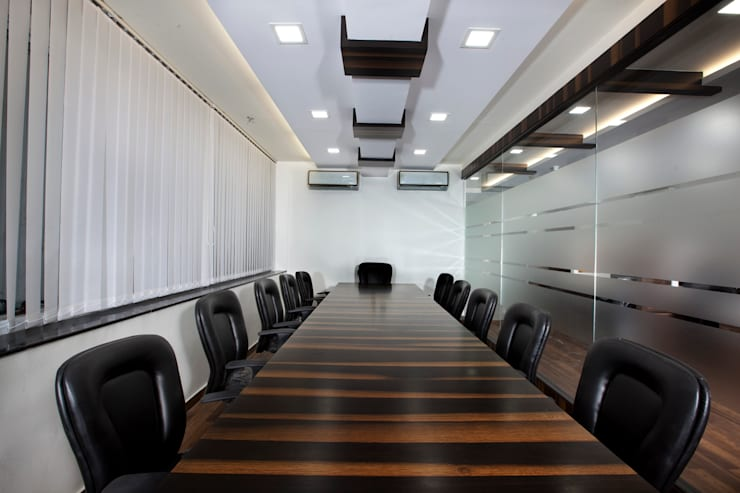 Conference Room:  Commercial Spaces by Squaare Interior