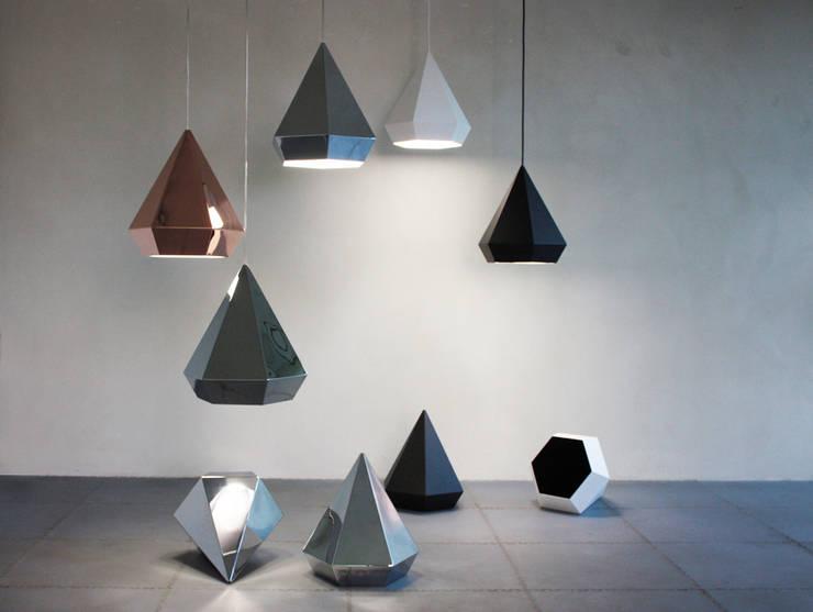 Diamond: moderne Esszimmer von Sebastian Scherer