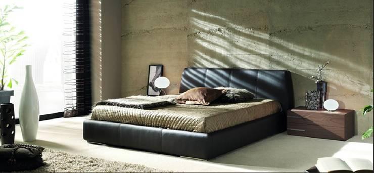 Camera da letto in stile  di LA CANTARERIA MUEBLES Y DECORACION