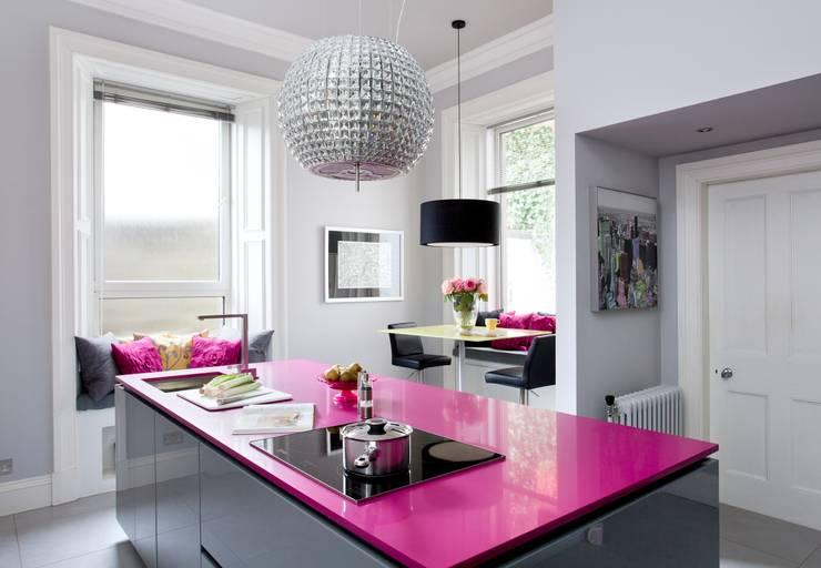 Cuisine de style de style Moderne par Diane Berry Kitchens