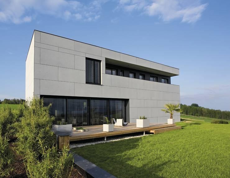 Wohnhaus B & D:   von AURiA Deutschland GmbH