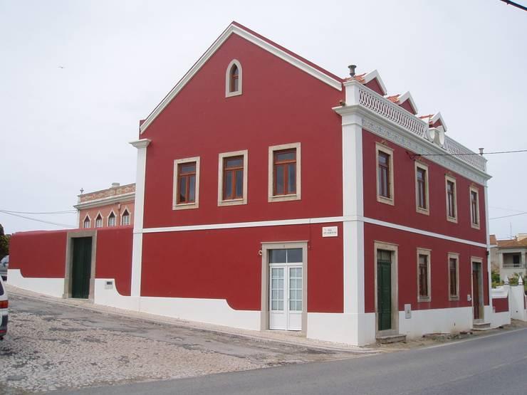 Fachada Lateral-Ppal (Despues):  de estilo  de a2g.arquitectura