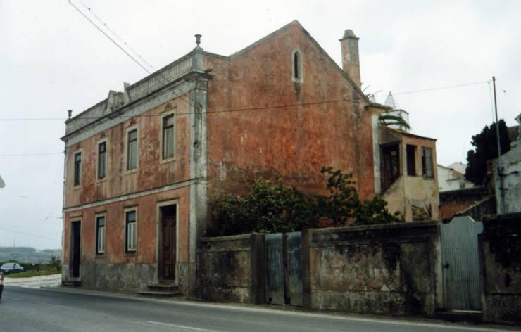 Fachada Lateral 2 (Antes):  de estilo  de a2g.arquitectura
