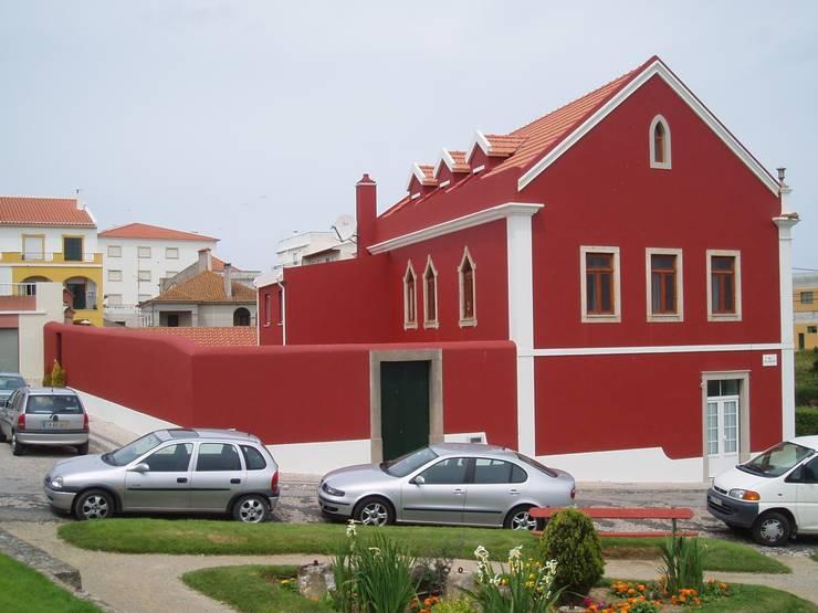 Fachada Lateral (Despues):  de estilo  de a2g.arquitectura