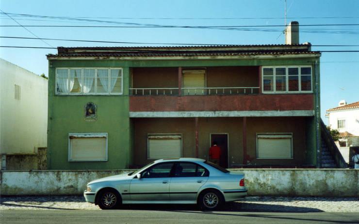 Fachada Principal (Antes):  de estilo  de a2g.arquitectura