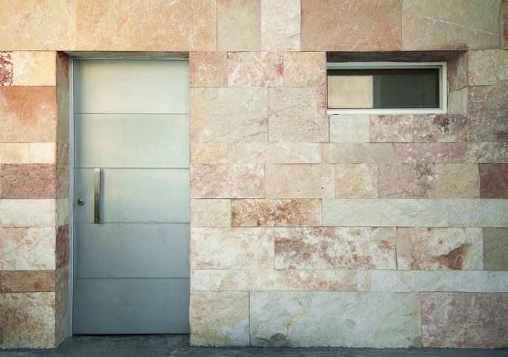 Maison de style  par Fernando A.Baldassarre architetto