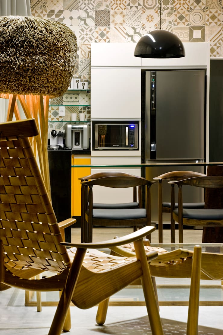 Box House: Cozinhas  por 1:1 arquitetura:design