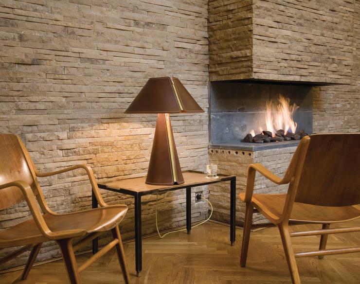 EL SENOR Tablelamp: landhausstil Wohnzimmer von Formagenda GmbH